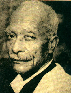 Pastinha portrait